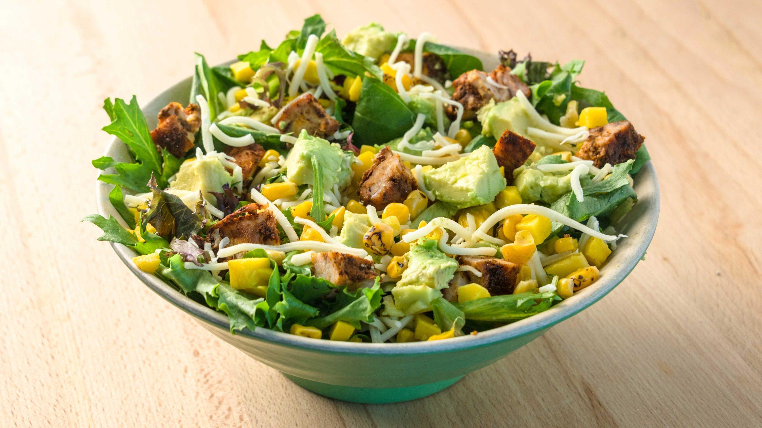 A inocente saladinha está fazendo você engordar?